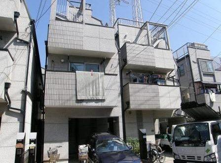 3階建ての一軒家